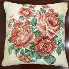 "Чехол на подушку ""Розы белые"""
