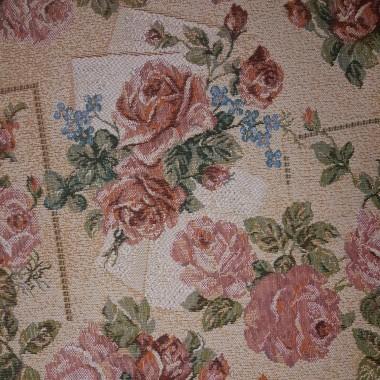 """Скатерть гобеленовая из ткани """"Нежные розы"""""""